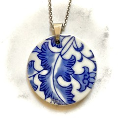 Oriental blue and white Pendant