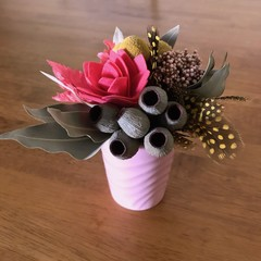Wild Native - Mini posy arrangement - Boho style - 17x17cm - Eucalyptus