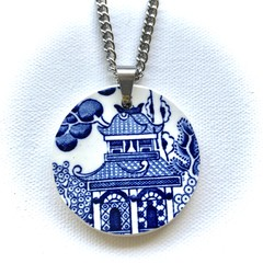 "Churchill Blue Willow ""Pavillion"" pendant"