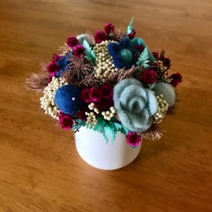 Gloaming - Mini posy arrangement - Felted & preserved flowers - 15x14cm