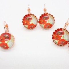Poppy 4 glass dangles