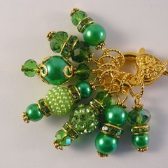 Stitch Markers : Deluxe Gem Cabochon Marker Collection EMERALD