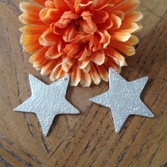 Recycled 99.9% Large Silver Star Earrings