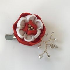 TSUMAMI ZAIKU Flower Brooch [Red]
