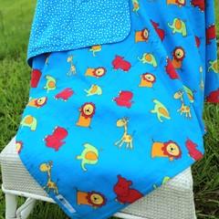 Flannel Baby Blanket - Lions, hippos, elephants & girraffes