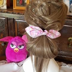 """Pink Flowers"" Girls Hair Bow Elastic"