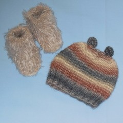 Baby Hat/Beanie with Ears and Faux Fur Booties
