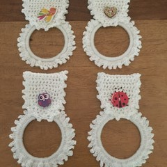 Crocheted tea towel or hand towel organising holder
