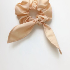 Hair scrunchie- Pale yellow