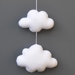 Little wall clouds (White)