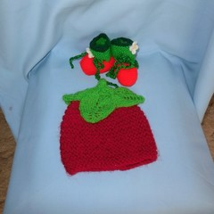 Baby Beanie Strawberry and Strawberry Booties
