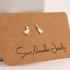 Pair Mismatch Geese Stud Earrings