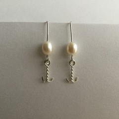 Freshwater pearl fishhook drop earrings handcrafted in sterling silver 925