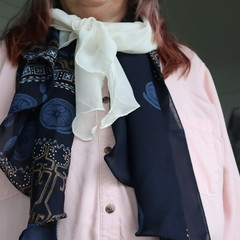 2-in-1 multi style Scarf - wear it your way!