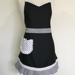Black & White Elegant Lace Australian Made Womens Kitchen Apron