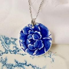 Deep Blue Flower pendant