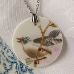 Stunning Birdie pendant