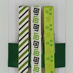 Green & Black peg magnet