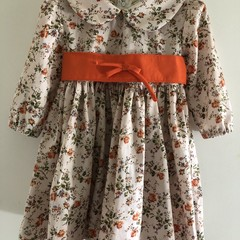Antique looking and beautiful dress for a 3 year old.