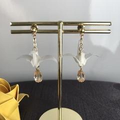 ORIGAMI Crane Earrings (White/ Gold)