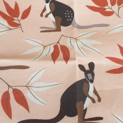 Medium Beeswax Wrap - Kangaroo brown