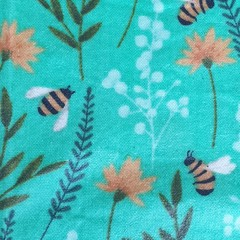 Medium Beeswax Wrap - Bee Green