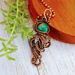 Curve and coil faceted agate wire wrapped pendant necklace