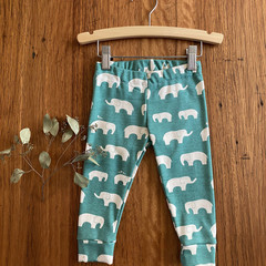 leggings - green elephant / eco friendly organic cotton / 1 - 5 years
