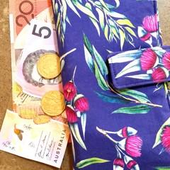 Gum blossom wallet
