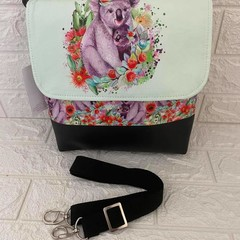 MEDIUM MESSENGER BAG - ANIMAL Flamingo, Koala