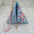 Women's Pyramid Wristlet - Evening, Day, Wedding, Race Day, Party - Blue Floral