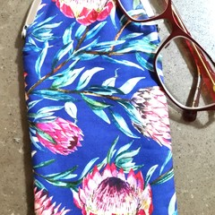 King Protea Glasses case