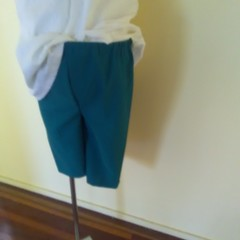 Green garberdine elastic waisted shorts