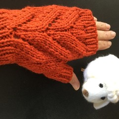 Fingerless texting gloves Free Postage