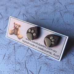 Paw print teardrop stud earrings