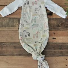 Baby shower Newborn homecoming outfit beanie/headband set Baby sleeping gown