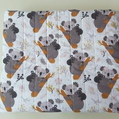 Baby quilt, cot quilt, koala quilt, Australiana quilt