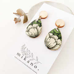 Free shipping!  Wooden earrings