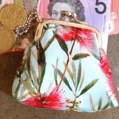 Bottlebrush coin purse