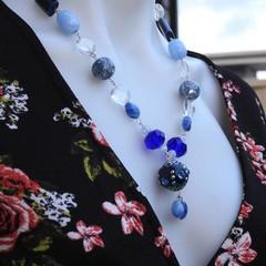 Enchanted Beaded Necklace Short blue