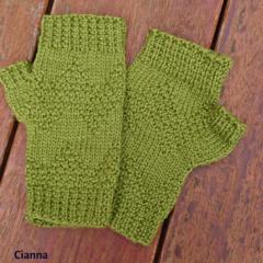 Fingerless mitts adult small/medium wool green