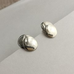 Shell shaped stud earrings handcrafted in sterling silver 925