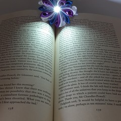 Kanzashi Flower Bookmarks with Light