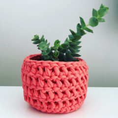 Crochet planter | Pen holder | Desk accessories | Makeup | WATERMELON PINK
