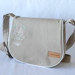 canvas crossbady bag with flap, saddle bag