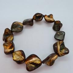 Simple elegant golden green shell bracelet