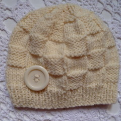 Baby beanie with block pattern & button, fits 3 - 6 months, 8-ply wool blend