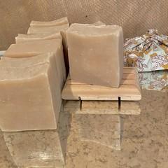 Lemon Eucalyptus & Lemongrass 100% natural bar of goodness for your skin.