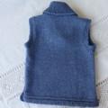 Hand knitted woollen vest size 00. Possum applique
