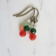Short glass bead drop earrings , Clear Green Red mix , Vintage Gypcy Retro Boho